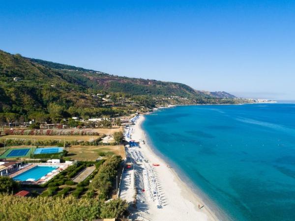 VOI Tropea Beach Resort**** - Speciale Giugno Offerte Speciali Mare Estate 2021