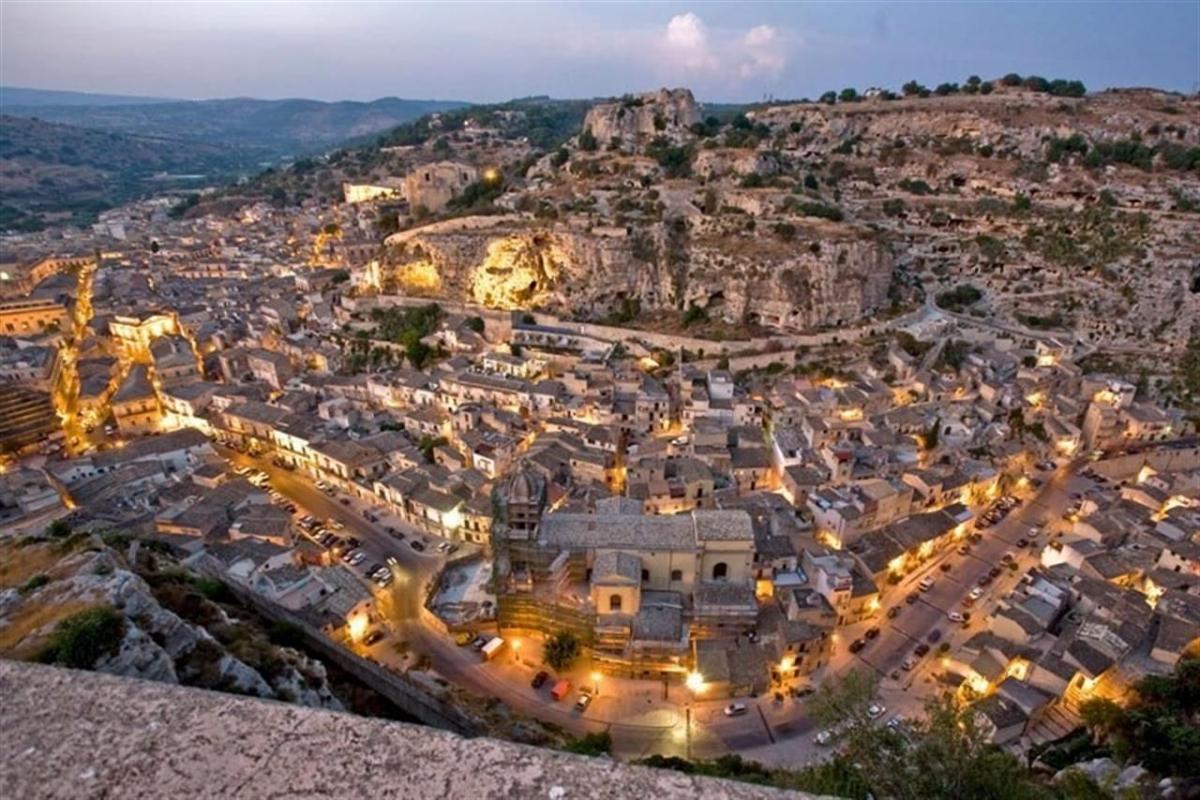 Auto e Tour Sicilia Orientale 7 giorni